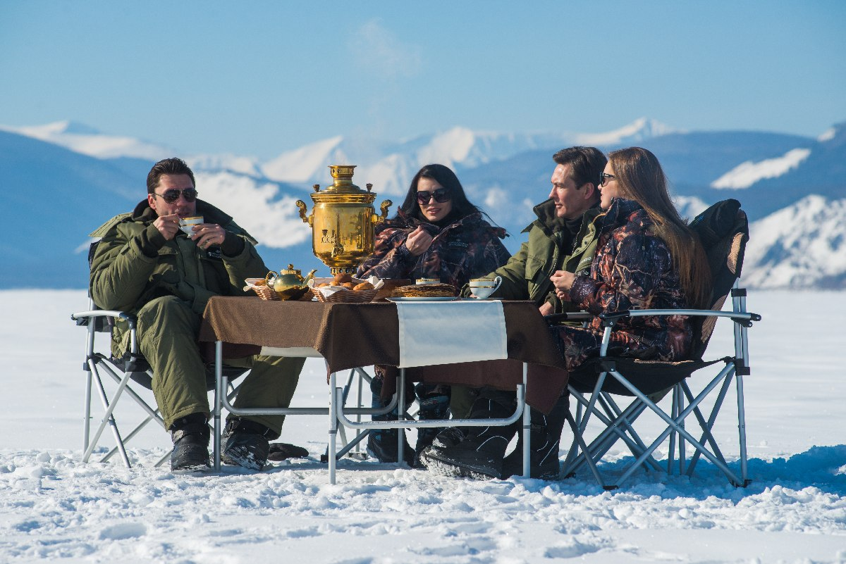 Picnic on the ice